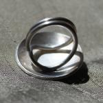 Sterling silver ring with o..
